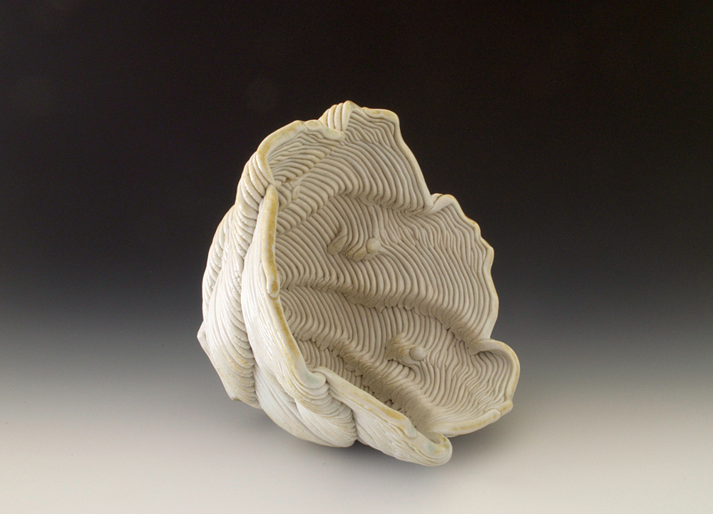"""5""""h x 8.75""""w x 7.5"""" w Porcelain Clay"""
